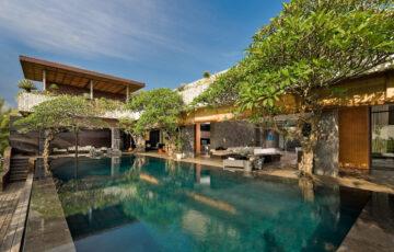 Mana - Swimming pool