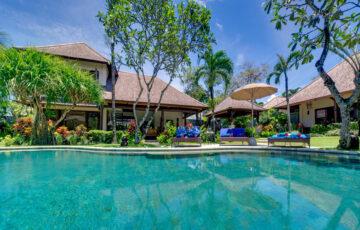 Villa Kakatua - Pool and villa