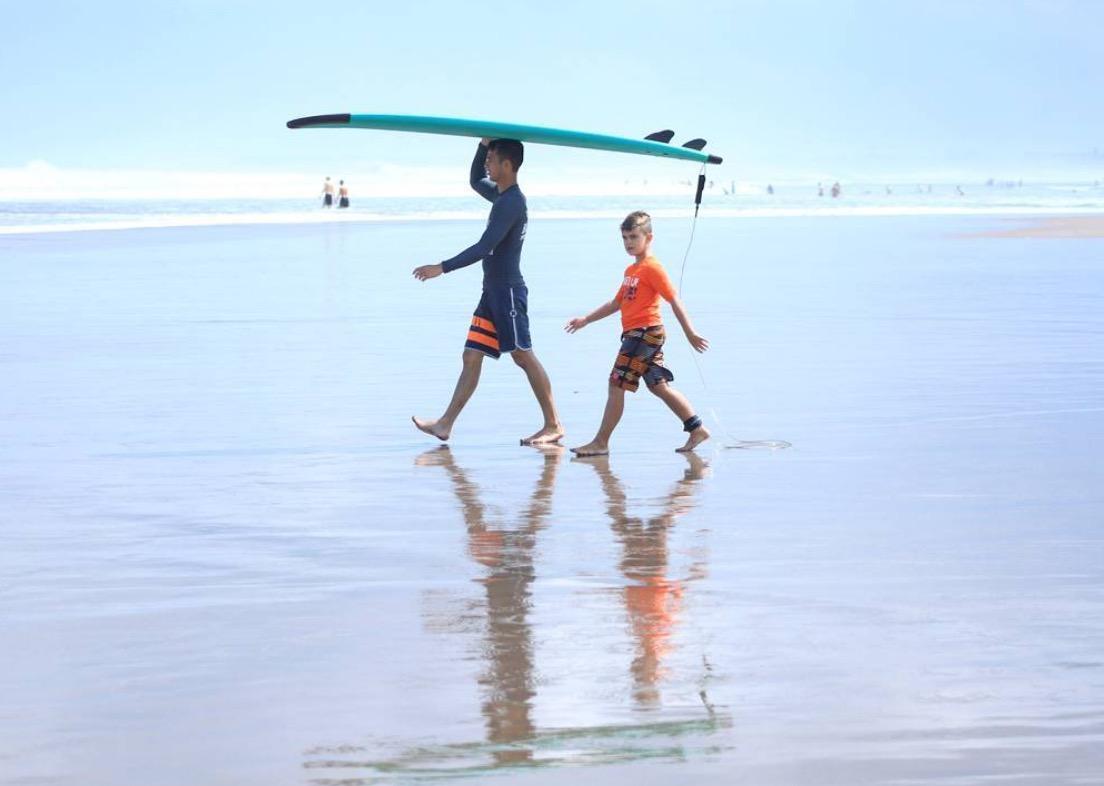 surf schools seminyak