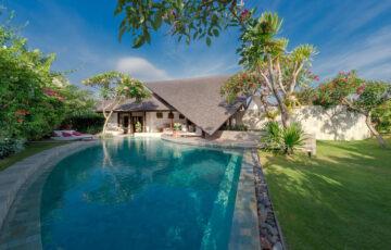 Seminyak Bali Villas The Layar 3 bedrooms
