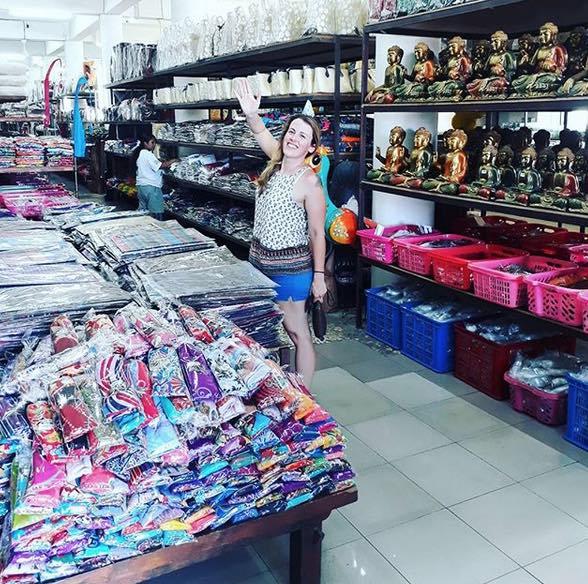 shopping for souvenirs seminyak - geneva handicraft
