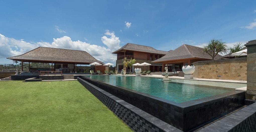 Villa Bayu Gita Beachfront Bali Sanur - pool