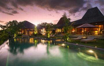 Theo Bali - 17