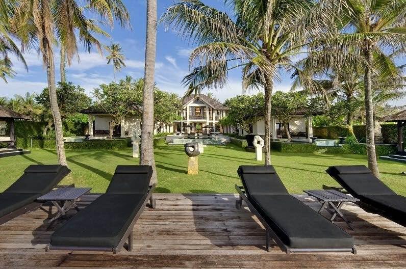 Bali Villas Sanur - Villa Ylang Ylang deck