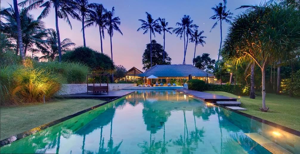 Bali Sanur - Villa Samadhana pool evening