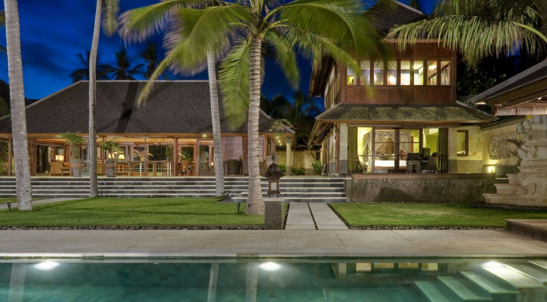 Sanur Villas Bali pool night - Villa Pushpapuri