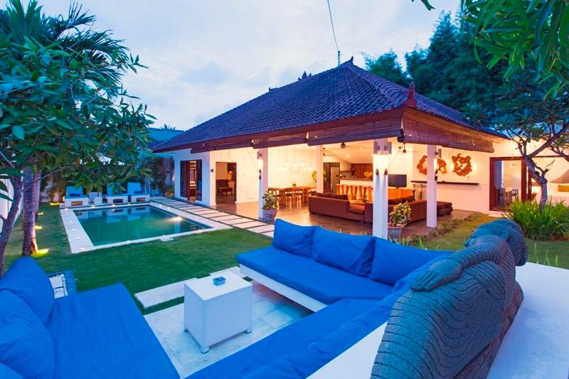 villa damai lestari seminyak bali 3 bedrooms bali villa escapes rh balivillaescapes com au