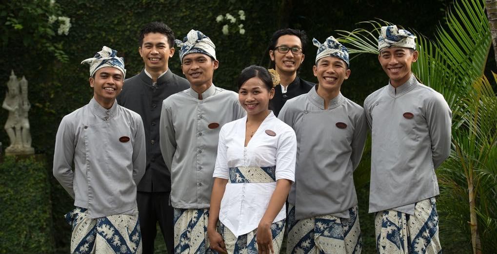 Villa Kalih crew - Seminyak Bali Villas