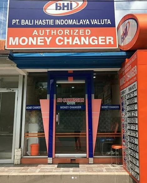 money changers seminyak