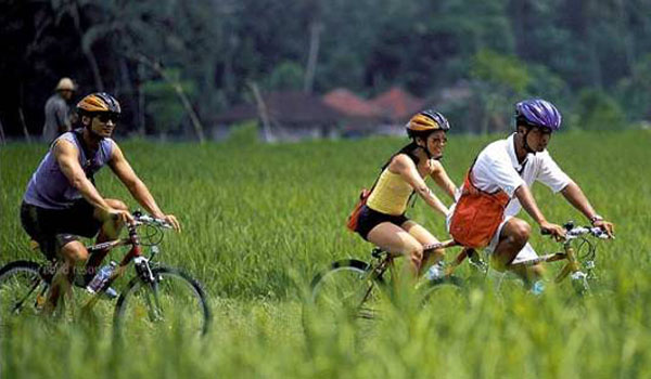 cycling in ubud