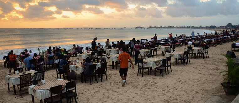 what to do in bali, jimabar bay seafood