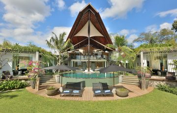 Toraja Villa Canggu Bali Villas