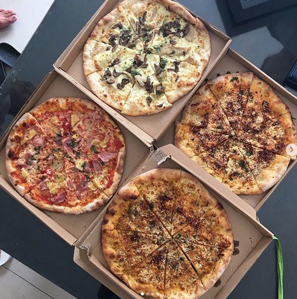 hanks pizza in bali