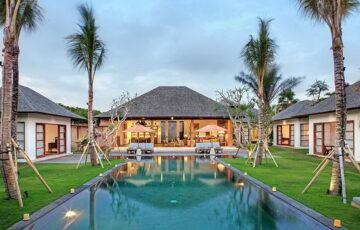Villa Tiga Puluh 7 Bedroom, Seminyak (5)