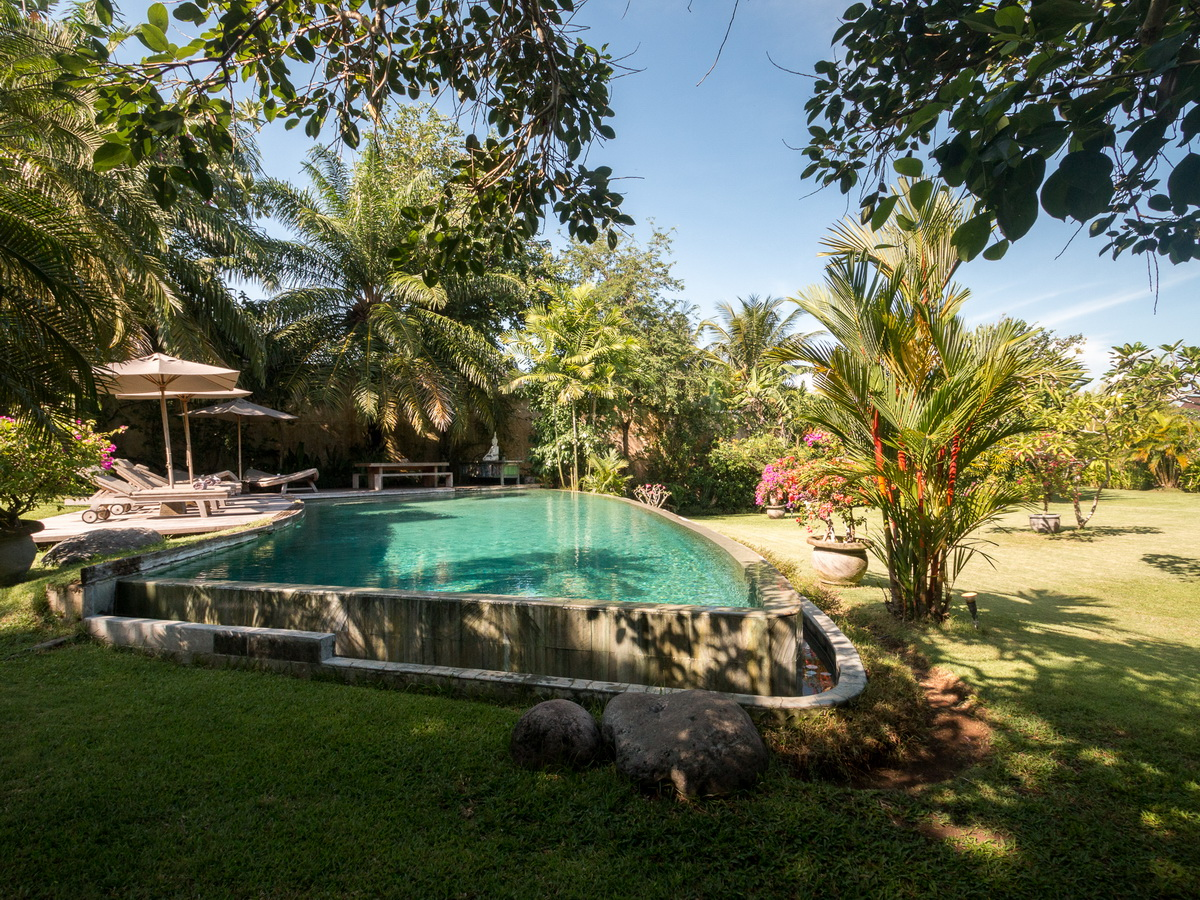 Villa Galante Umalas Bali 6 Bedrooms BOOK NOW SAVE
