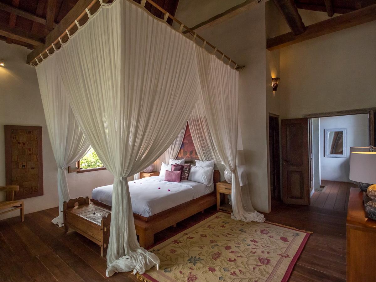 Villa Galante Umalas 6 Bedrooms Peaceful Quiet