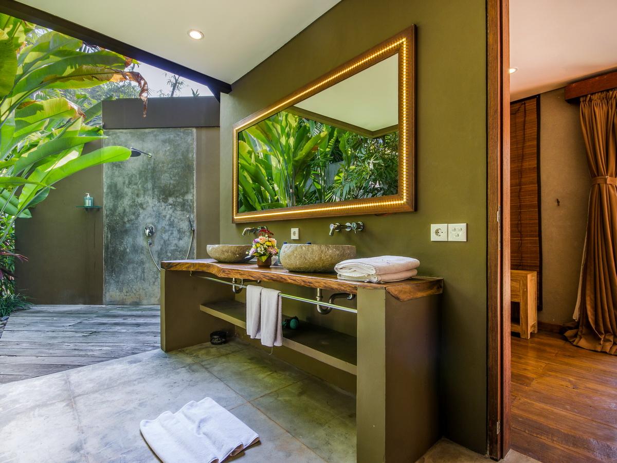 Villa Yoga Seminyak Bali 7 Bedrooms Bali Villa Escapes