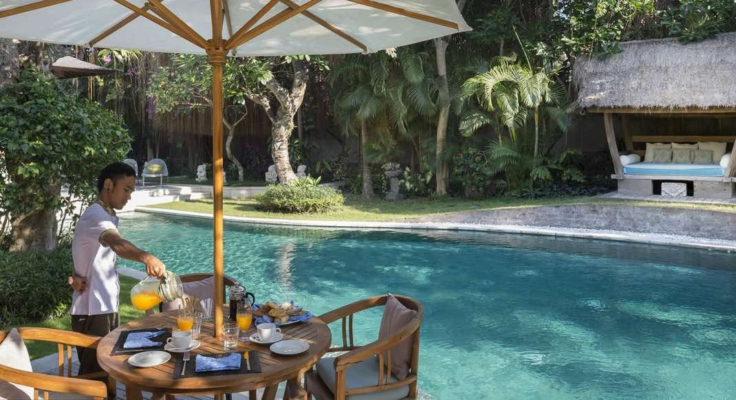 Villa Lataliana 8 bedrooms Seminyak Villas to rent in Bali
