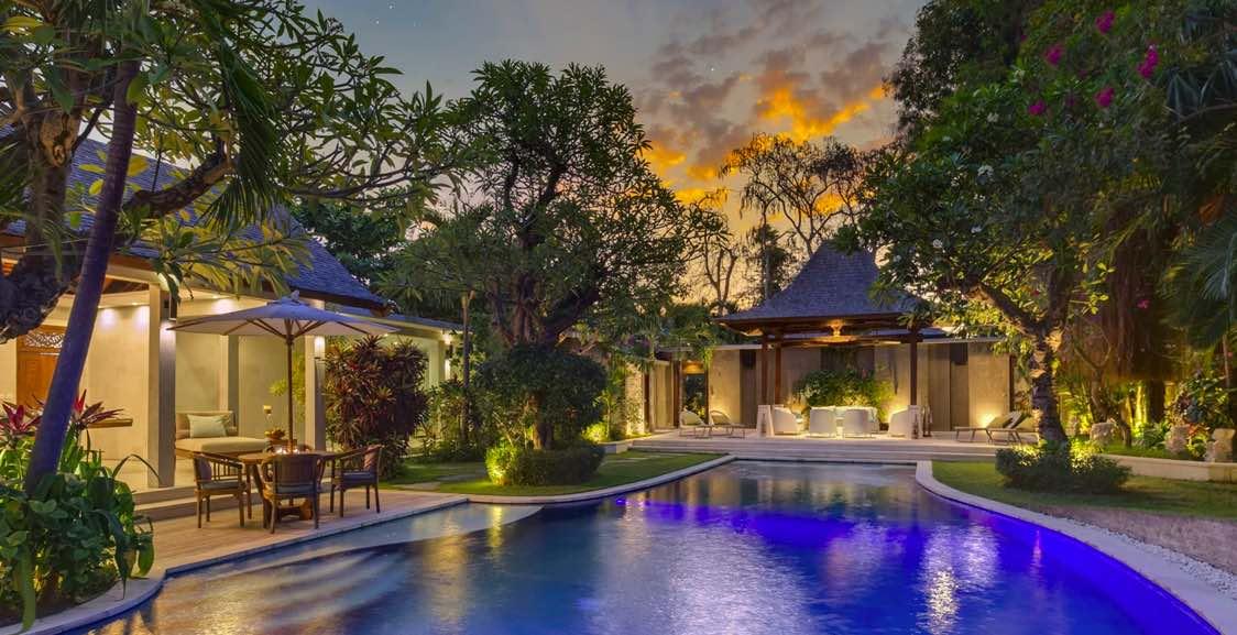 villa lataliana 4 bedrooms Seminyak Villas