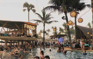 RENT YOUR HOLIDAY VILLA near Finns Beach Club Canggu Bali