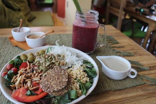 healthy food ubud