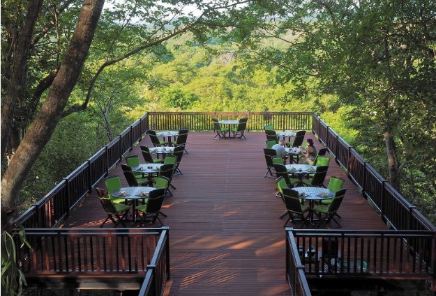 honeymoon dining seminyak - Bali Tower Bistro