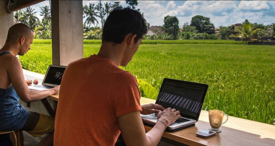 become a digital nomad in bali