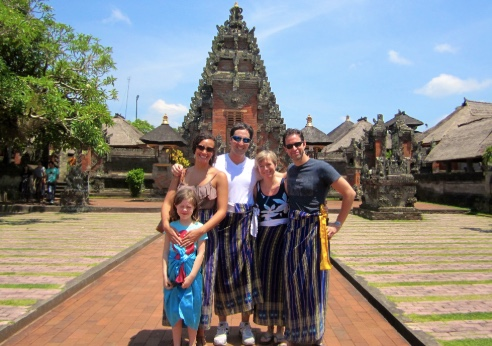 dress attire temples bali