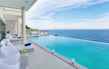Uluwatu villas villa grand cliff