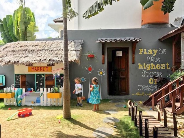 cafes with kids playground in bali - la casita in canggu