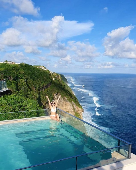 one eighty beach club uluwatu